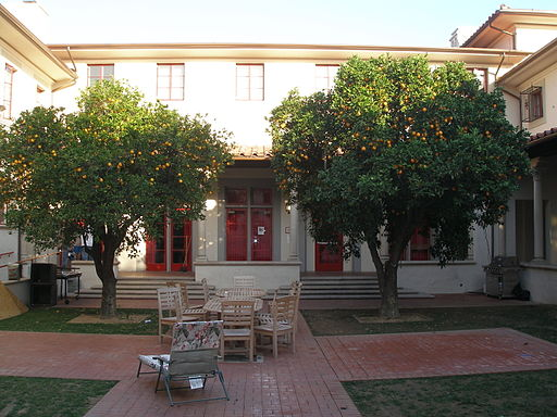 Fleming Courtyard Housing - Caltech | Foto: Antony-22 via wikimedia commons