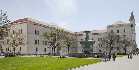 Universidade Ludwig-Maximilian, Munique | Foto: Diego Delso, via Wikimedia Commons