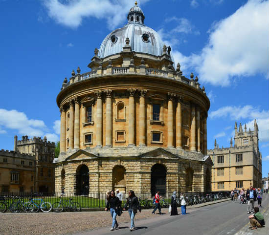 Universidade de Oxford, Radcliffe Camera | Foto: Edmund Shaw, via Geograph