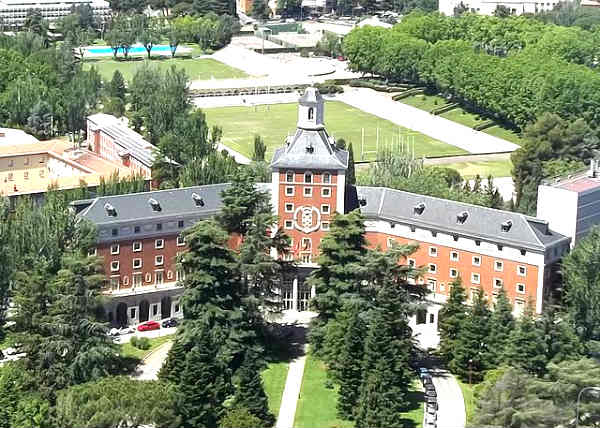 Universidad Complutense de Madrid - UCM | Foto: Mark Healey, via Wikimedia Commons