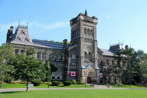 University of Toronto, Canadá | Foto: C Hanchey, via Flickr