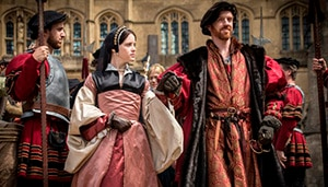 Programme Name: Wolf Hall - TX: n/a - Episode: Ep3 (No. 3) - Picture Shows: (L-R) Anne Boleyn (CLAIRE FOY), King Henry VIII (DAMIAN LEWIS) - (C) Company Productions Ltd - Photographer: Ed Miller